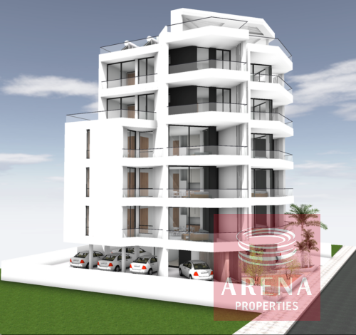 3 bed apartment in makenzie for sale