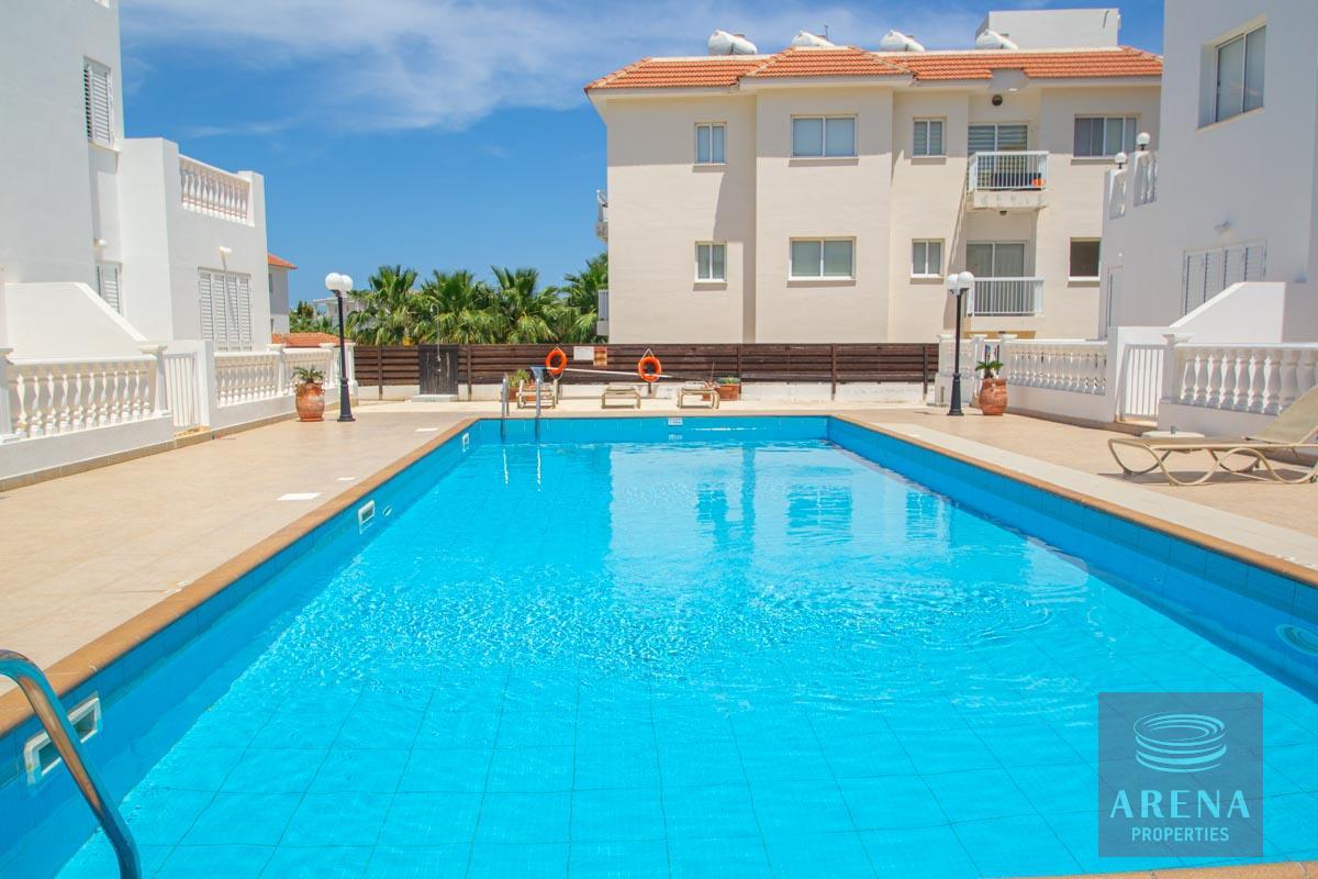 ground floor apt in Kapparis - communal pool