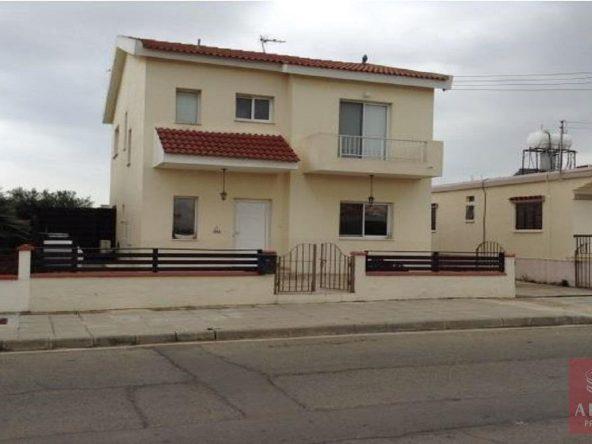 2-House-in-frenaros-5662