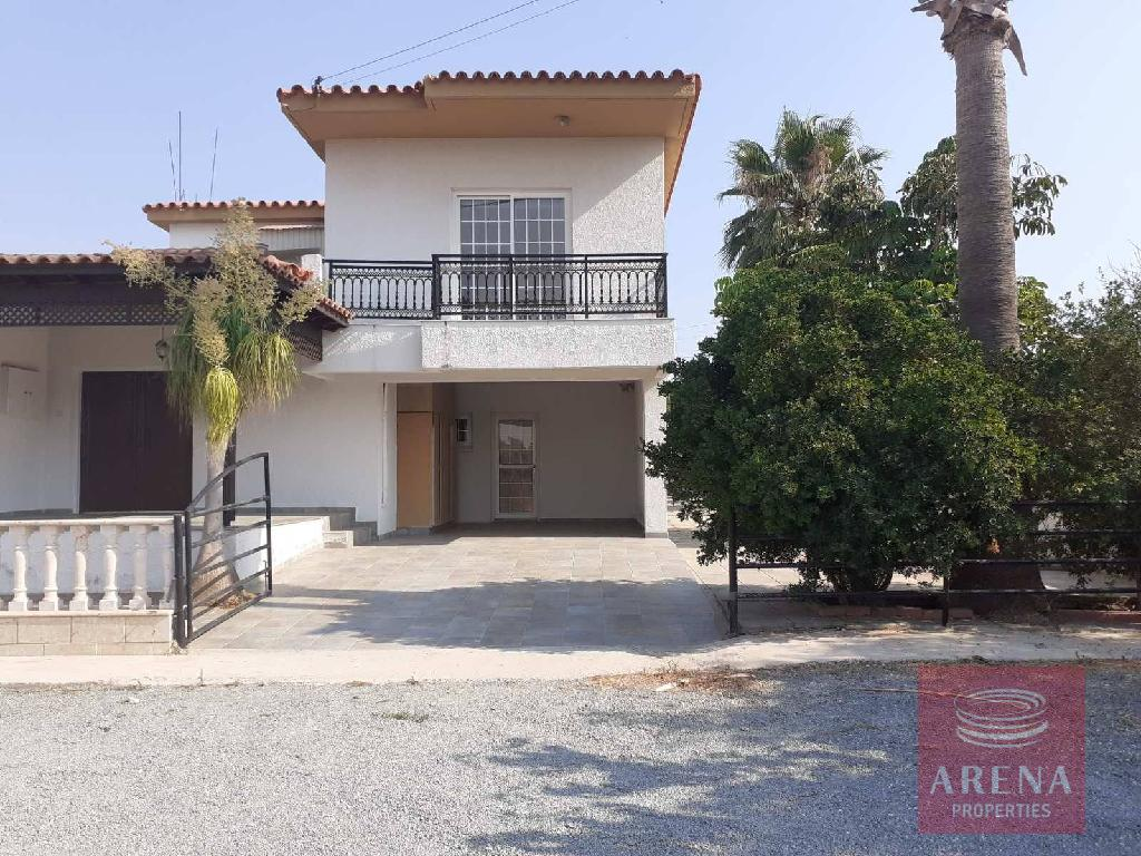 House in Xylotimpou for sale
