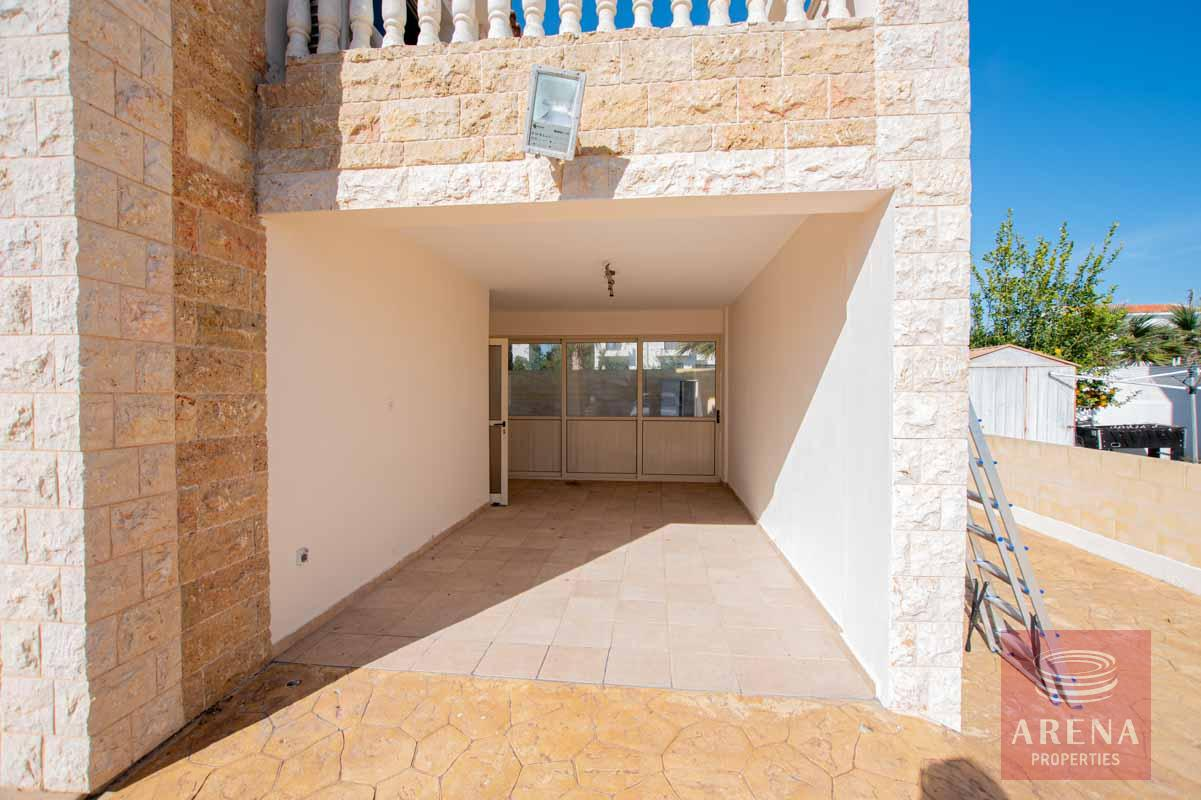 House in Ayia Thekla - parking