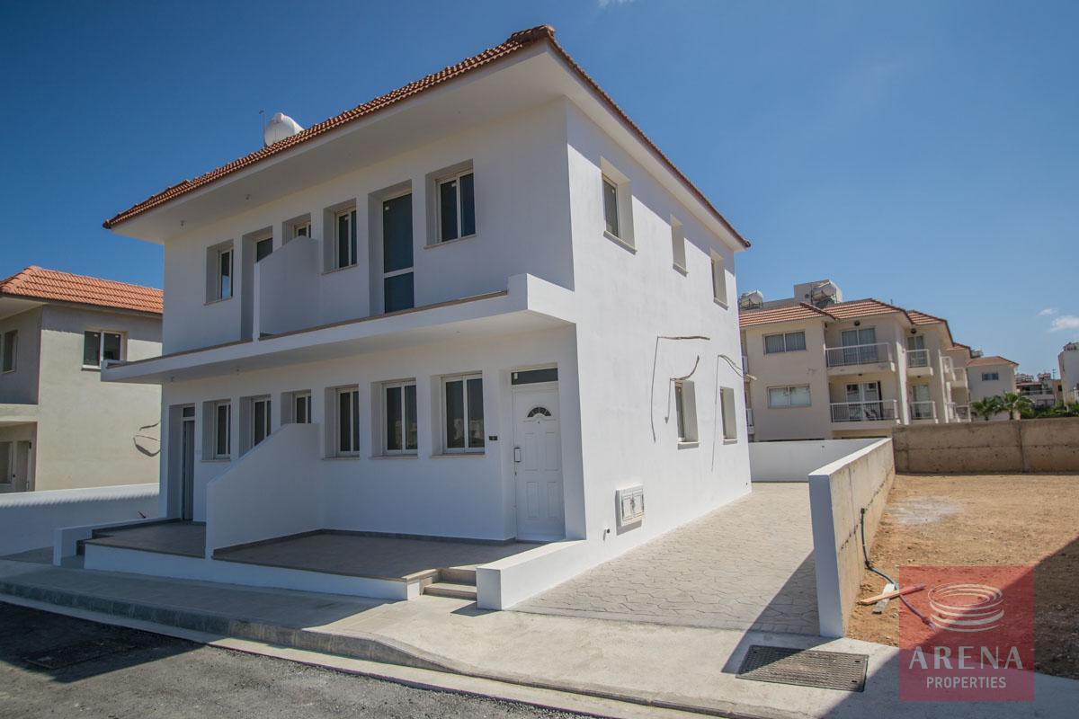 semi-detachd house in kapparis for sale