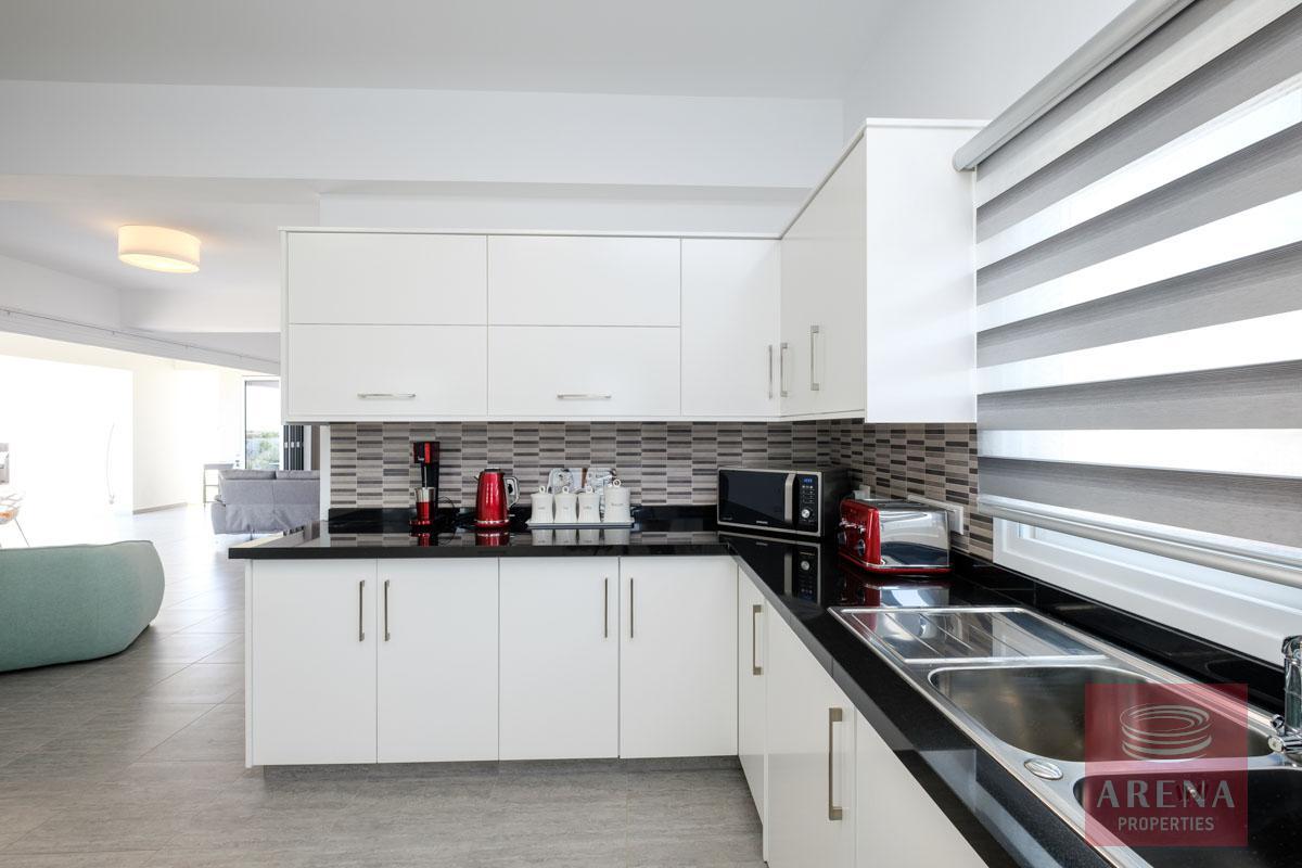 buy house in vrysoulles - kitchen