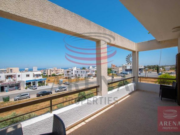 3-3-bed-apt-for-rent-in-paralimni-5671