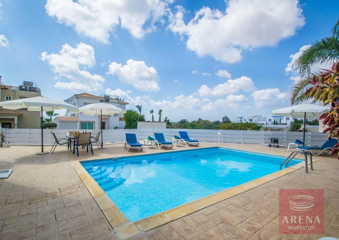4 Bed villa in ayia thekla - pool