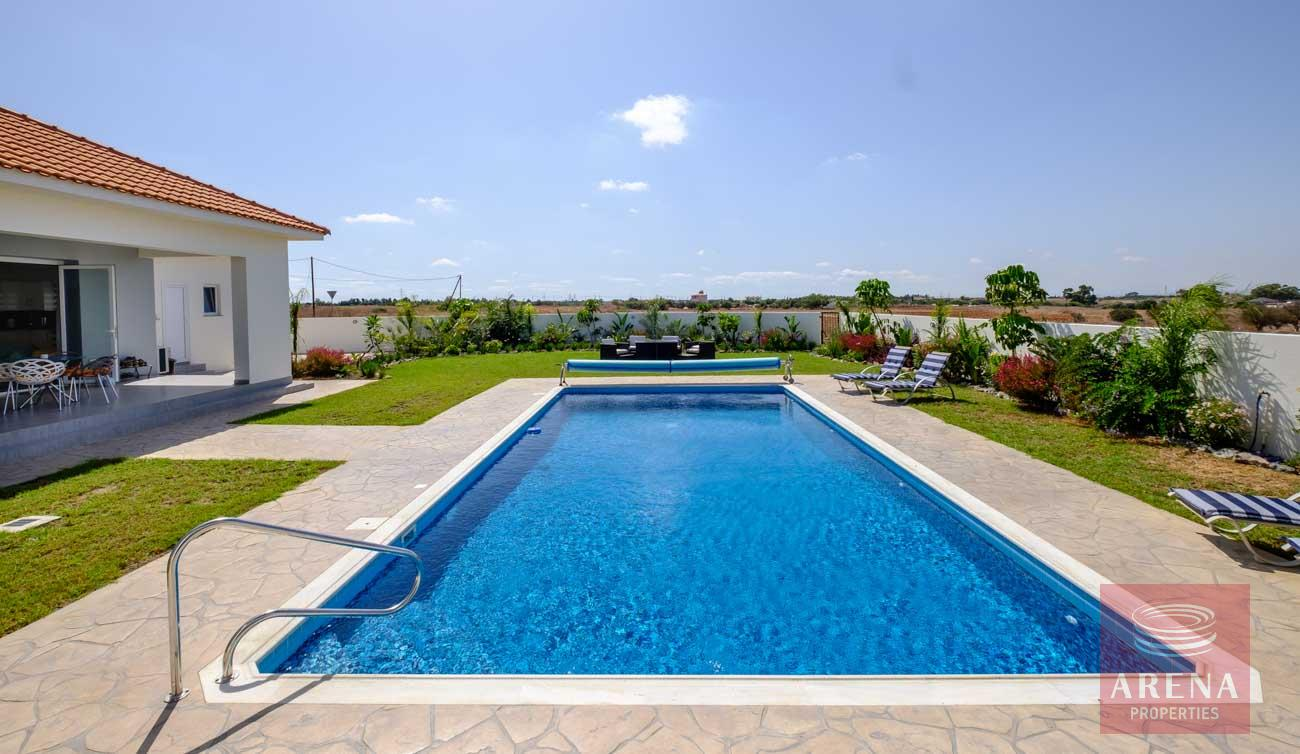 bungalow in vrysoulles for sale - pool