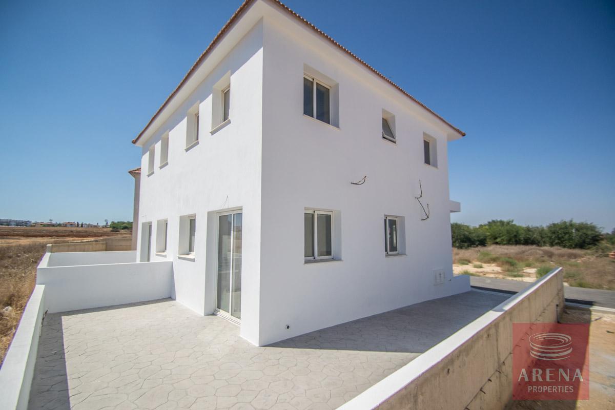 house in kapparis