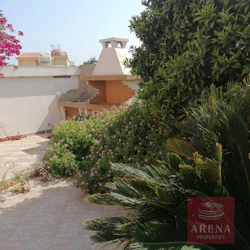 2 bed villa in ayia Thekla - bbq