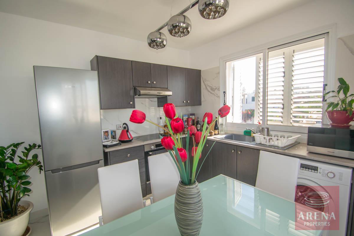 Apartment with large veranda - kitchen