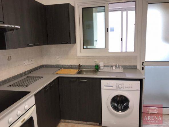 5-2-bed-apt-for-rent-in-makenzie-5676