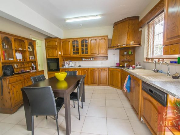 5-4-Bed-Townhouse-in-Paralimni-4108