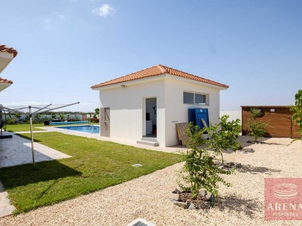 5-bungalow-vrysoulles-to-buy