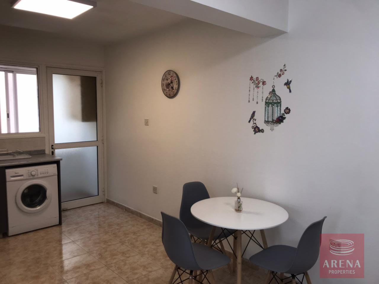 2 bes apt for rent in Makenzie - dining area