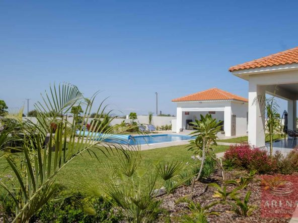 6-bungalow-vrysoulles-to-buy