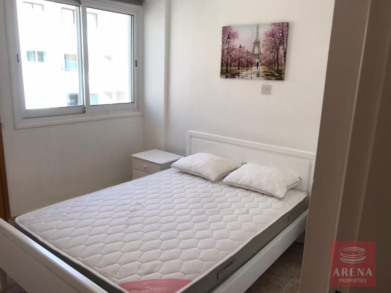 2 bes apt for rent in Makenzie - bedroom