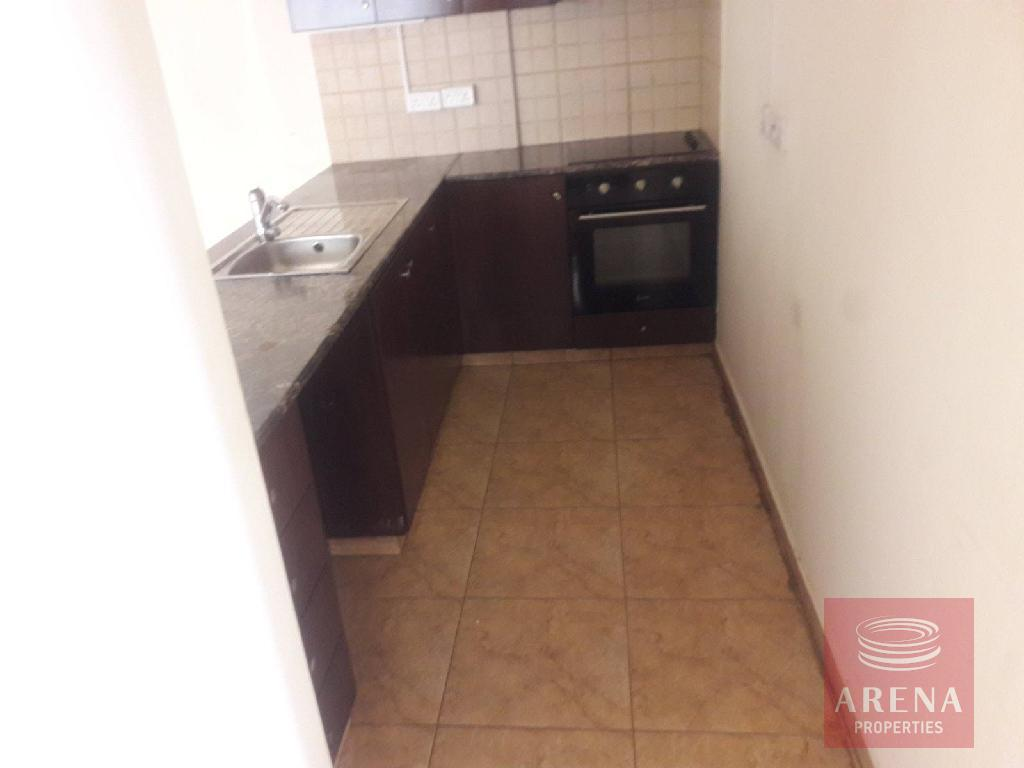 Apartment in Livadia for sale - kitchen