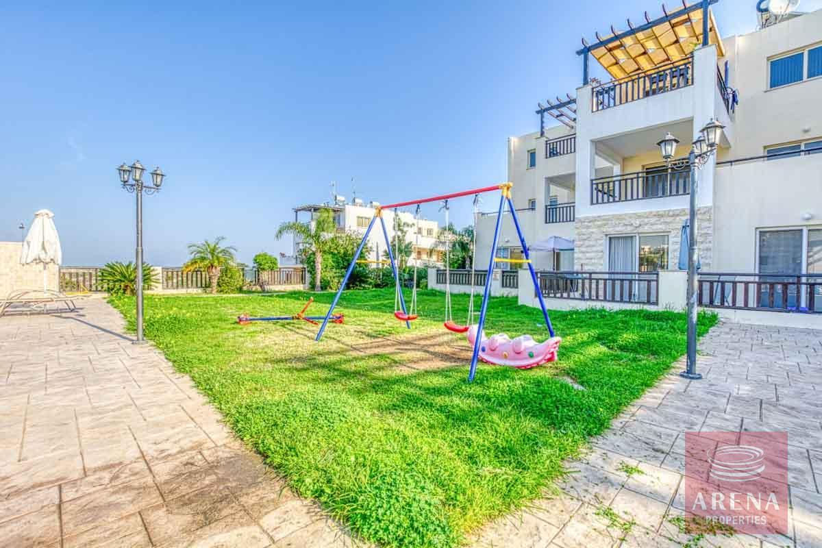 studio in paralimni to buy - kids play area