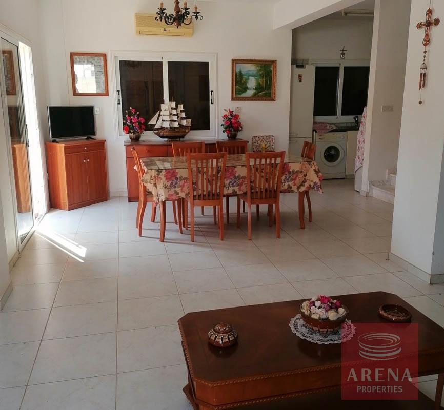 2 bed villa in ayia thekla - dining area