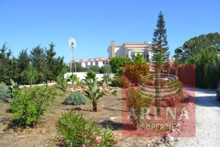 pernera property for sale