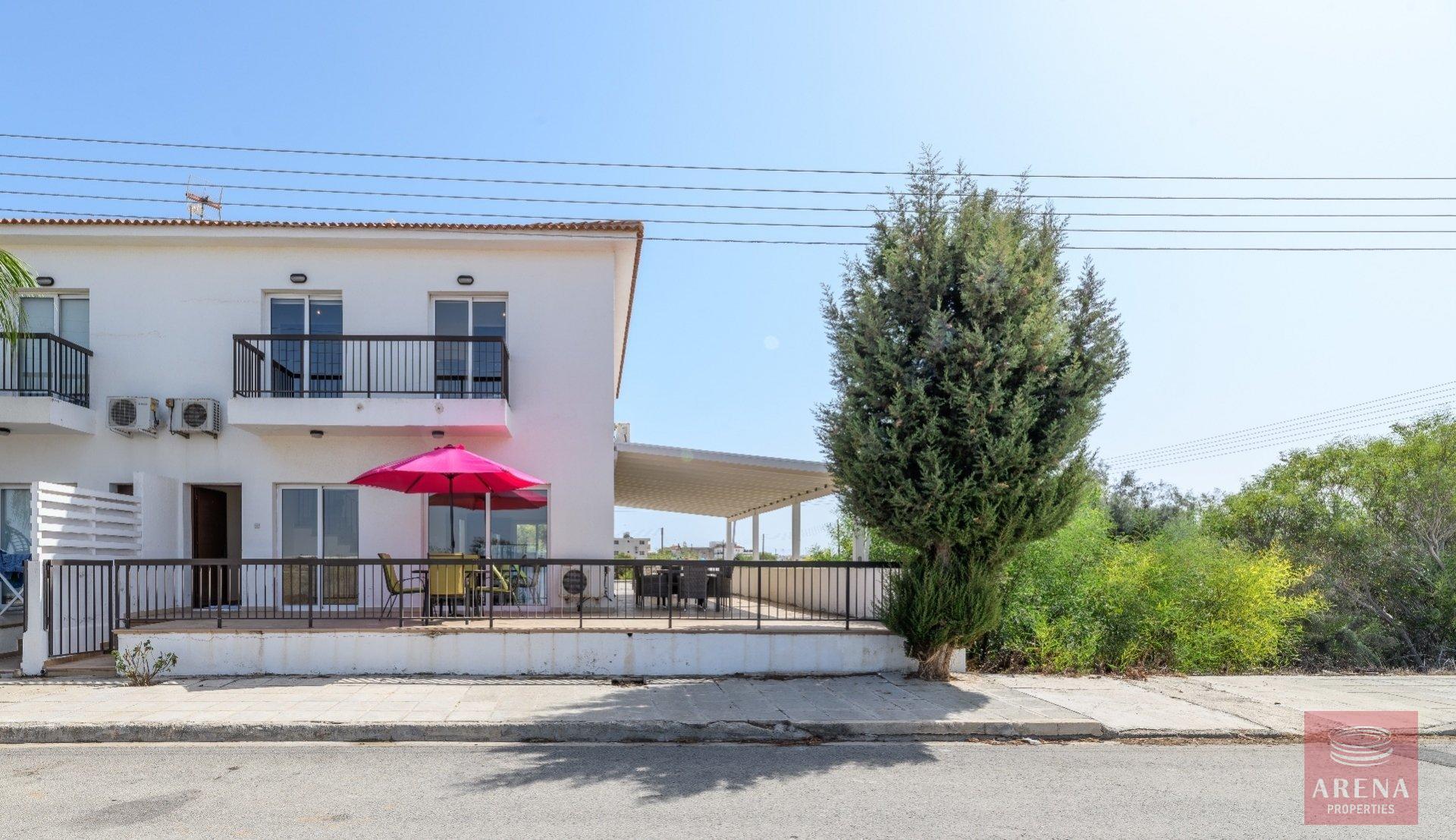 semi-detached house in paralimni