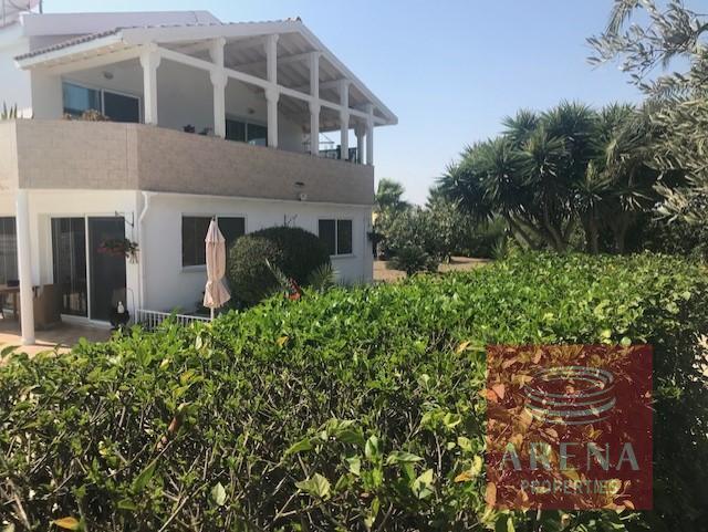 villa in softades