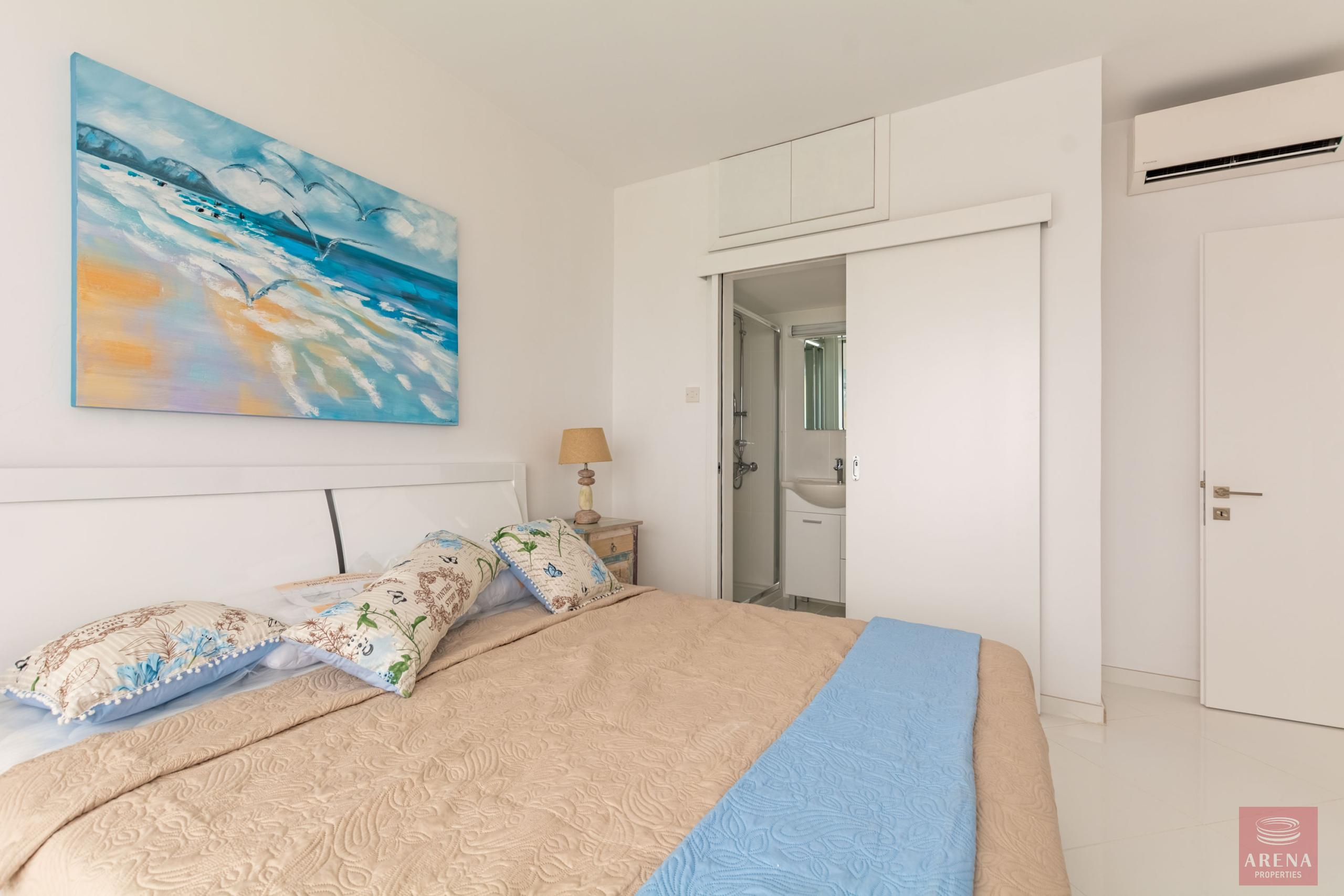 Apartment in Ayia Triada for sale - bedroom