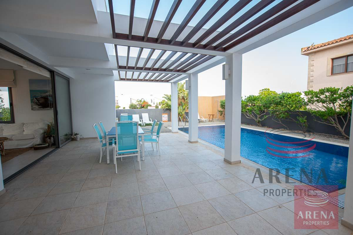 3 bed villa in ayia thekla to buy - pool area