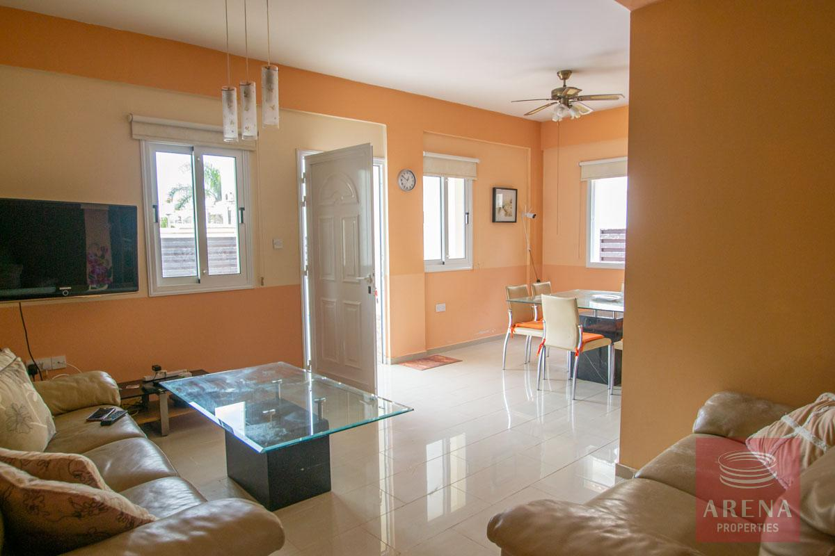 3 Bed Villa in Pernera - living area