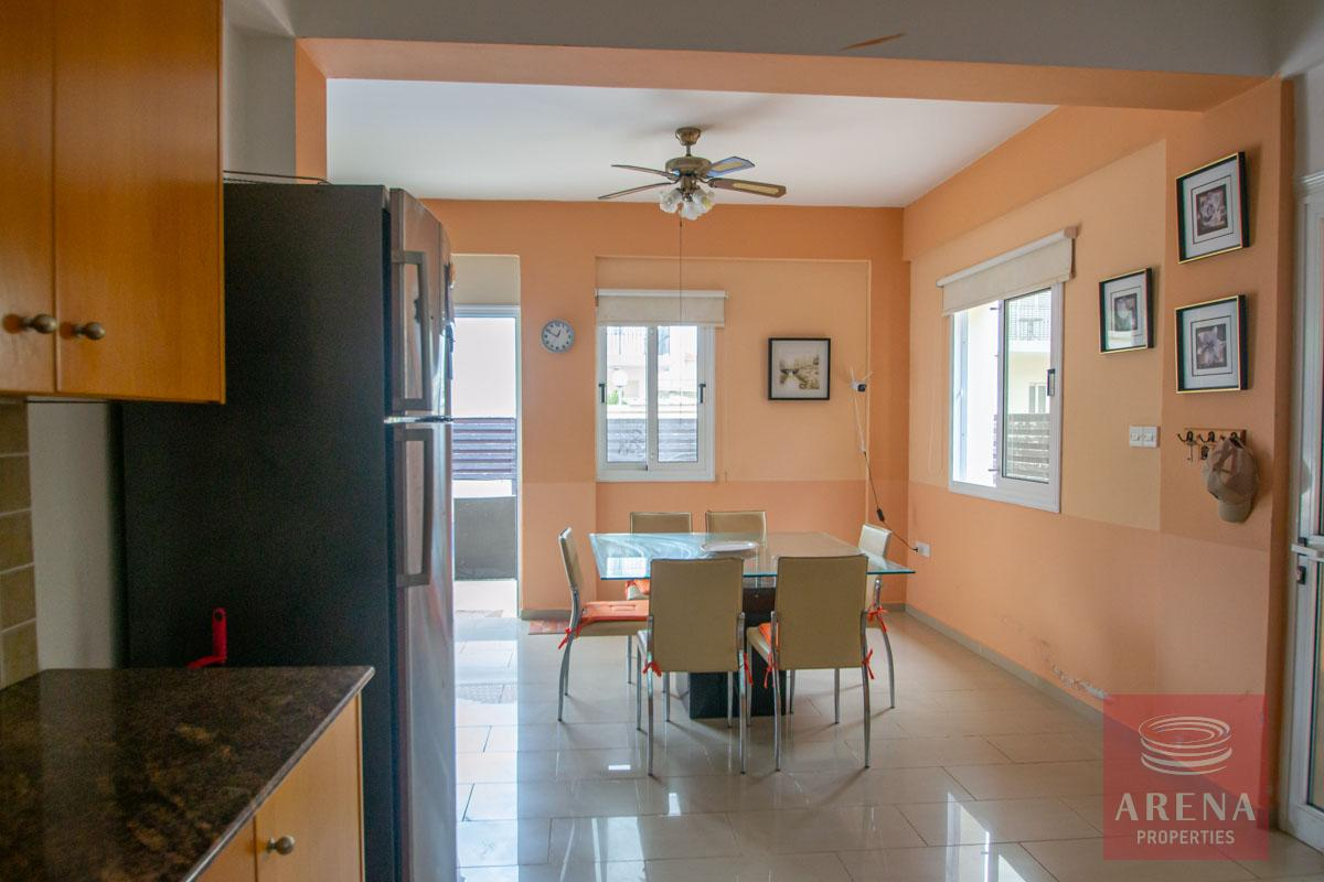 3 Bed Villa in Pernera to buy - dining area