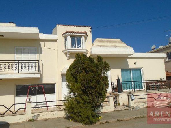 2-House-in-Derynia-5692