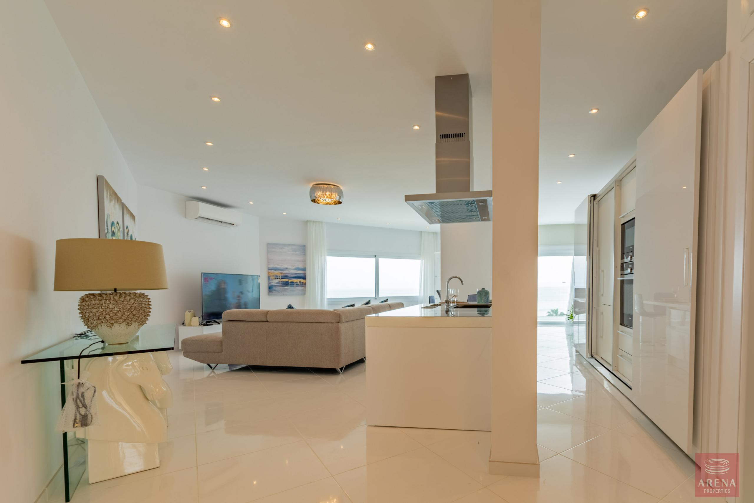 Apartment in Ayia Triada for sale
