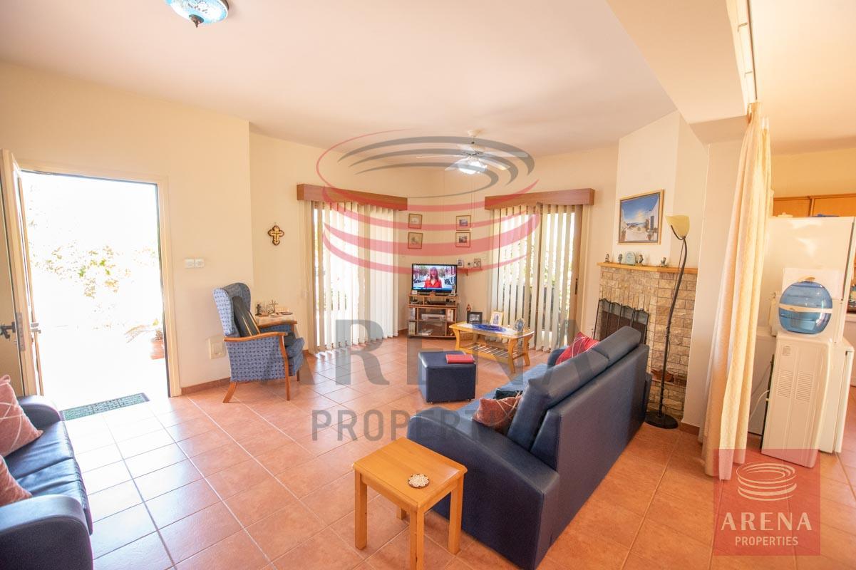 3 Bed villa in Sotira - sitting area