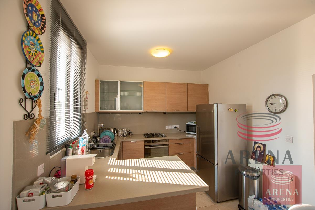 3 bed villa in ayia thekla - kitchen
