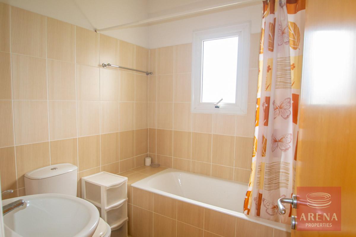 3 Bed Villa in Pernera - bathroom