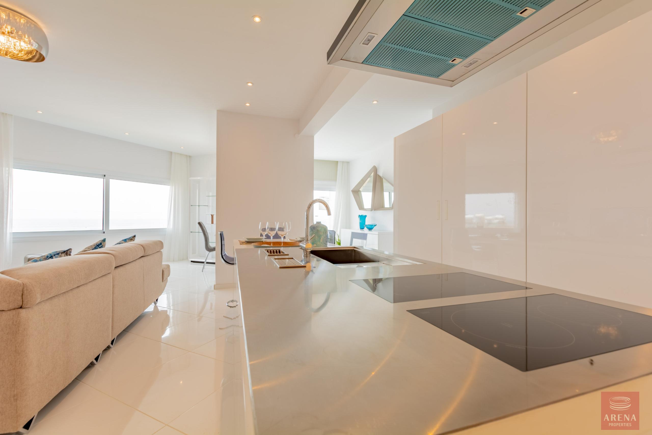Apartment in Ayia Triada - kitchen