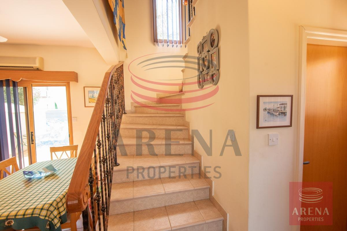 3 Bed villa in Sotira - stairs