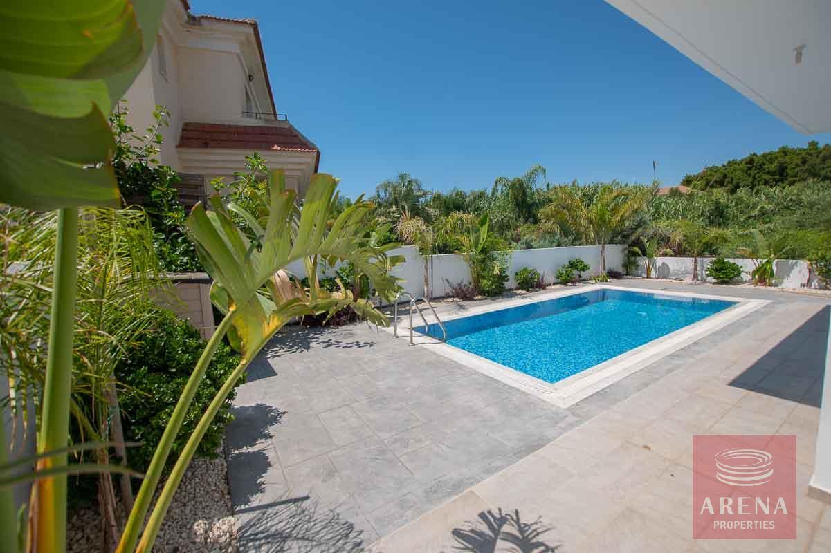 Villa in Kapparis - pool