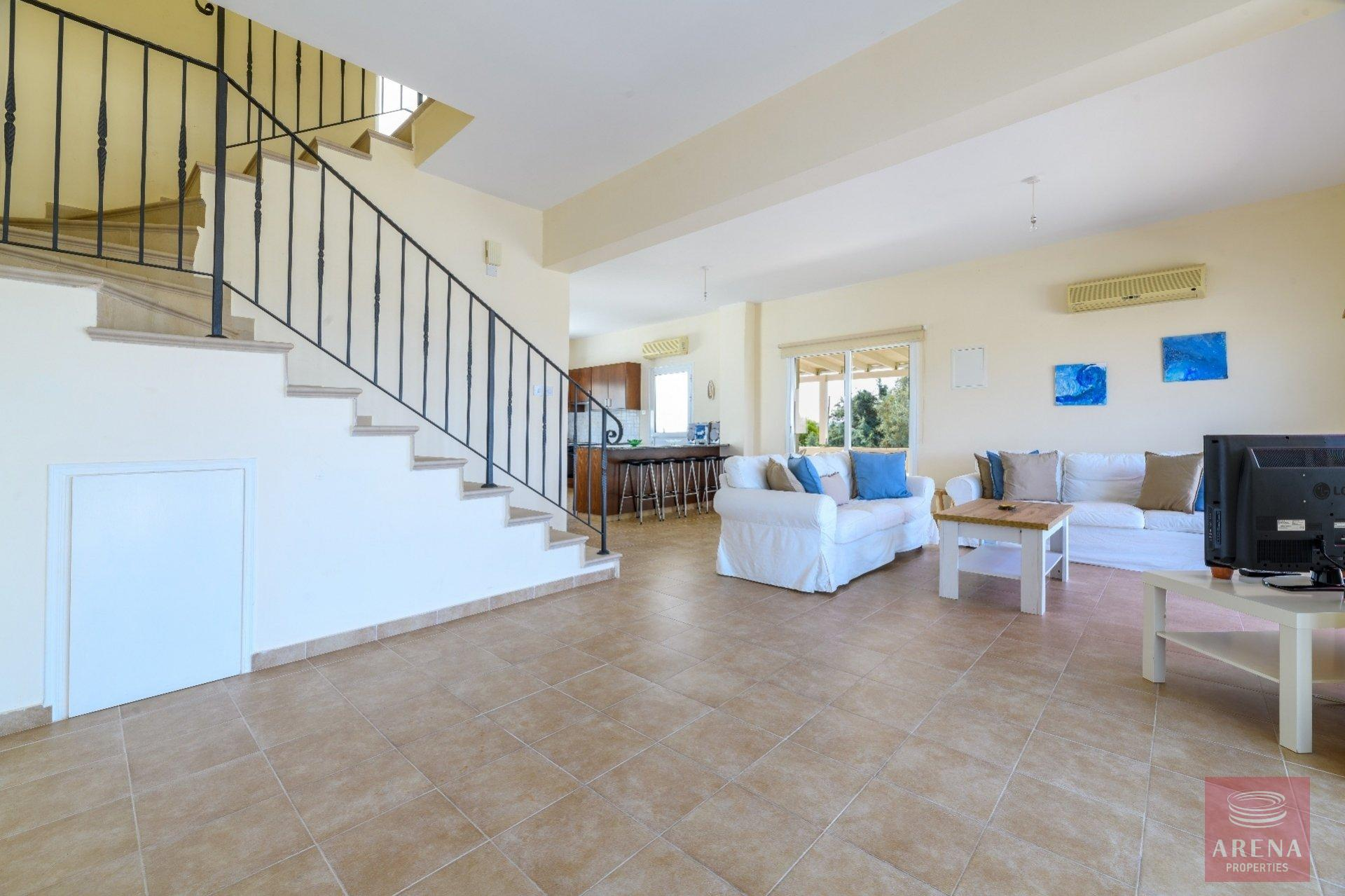 semi-detached house in paralimni - living area