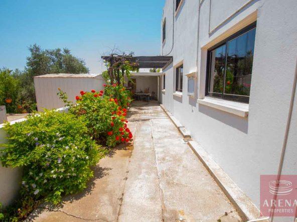 5-Semi-detached-house-in-Derynia-5697