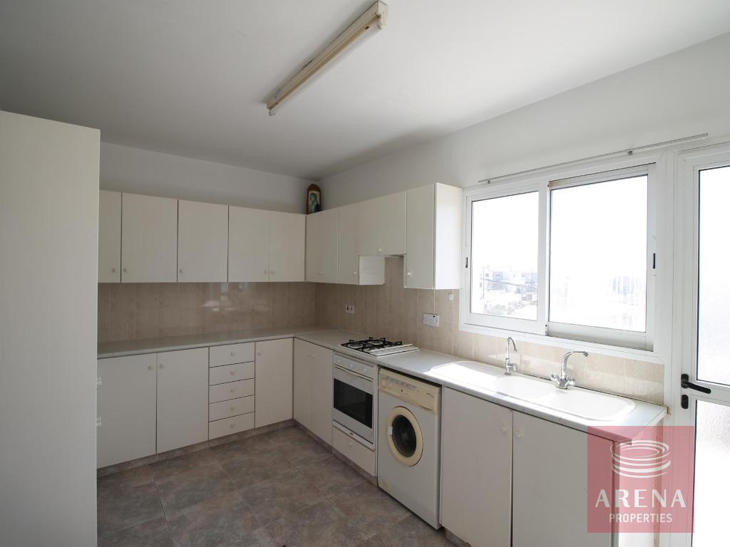 Flat in Sotira - kitchen
