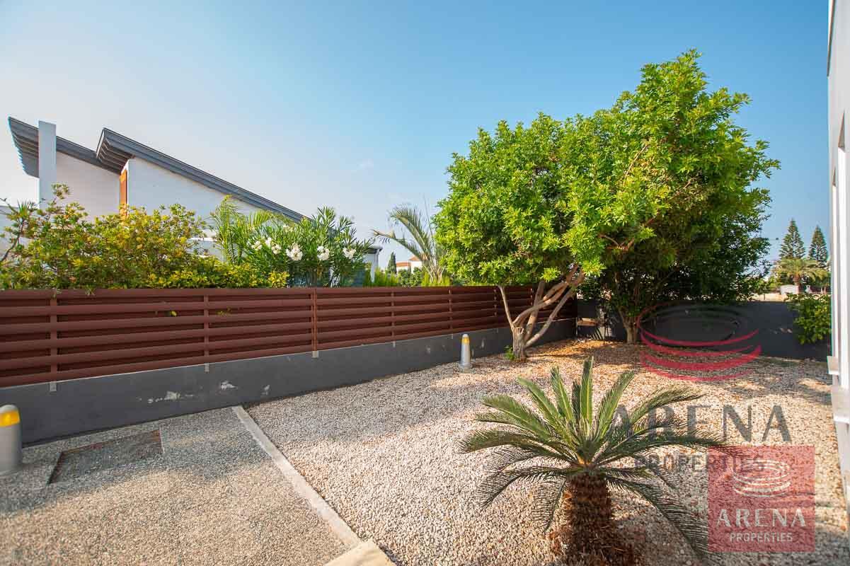 3 bed villa in ayia thekla - garden