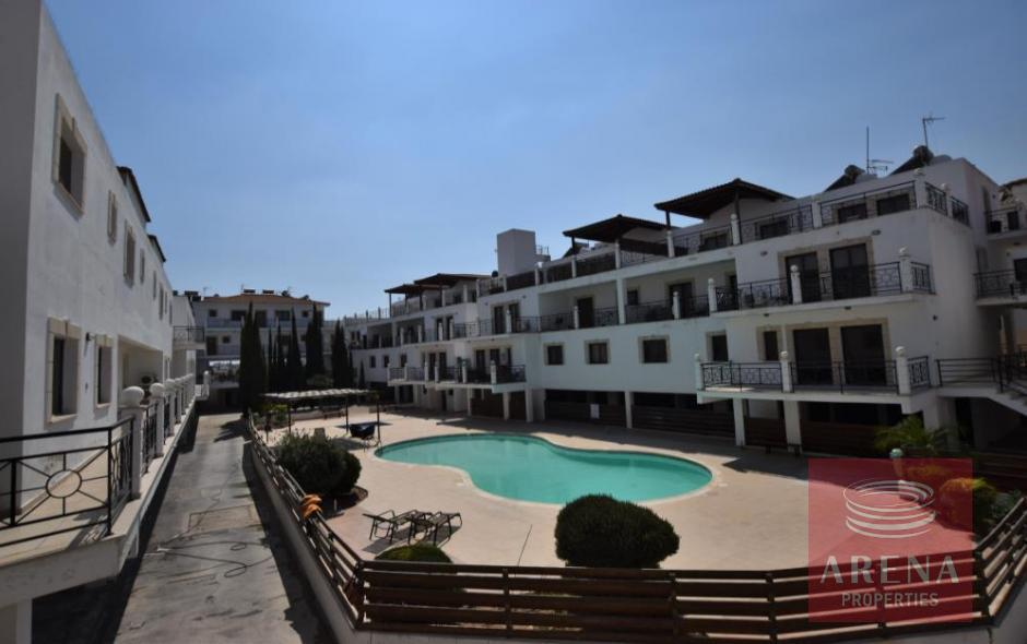 1st floor apartment in tersefanou