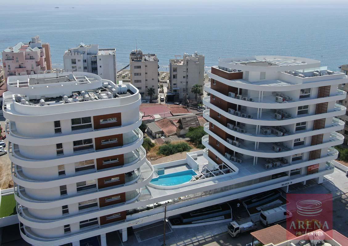 Top floor apartment in Makenzie