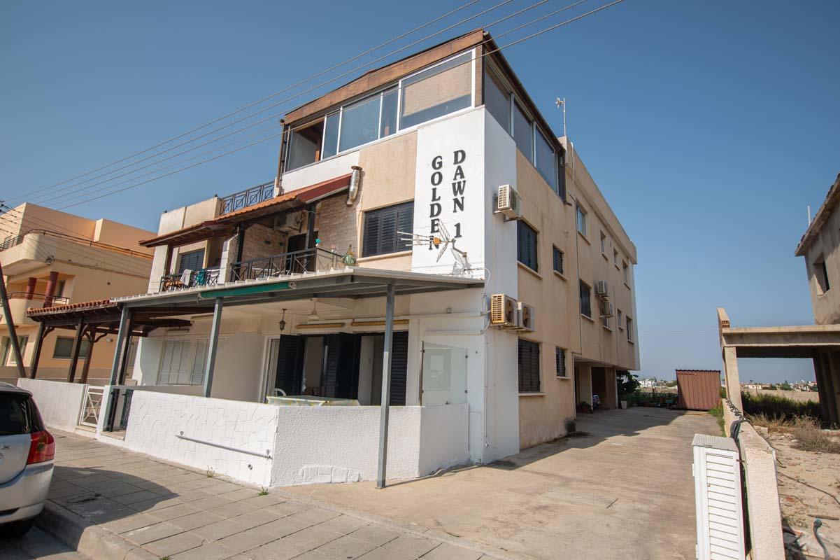 2 bed apartment in Pervolia