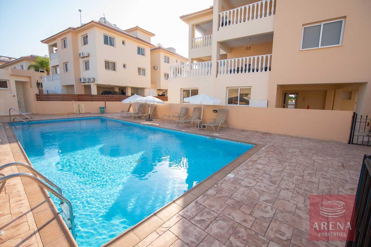 Apartment for rent in Kapparis - communal pool