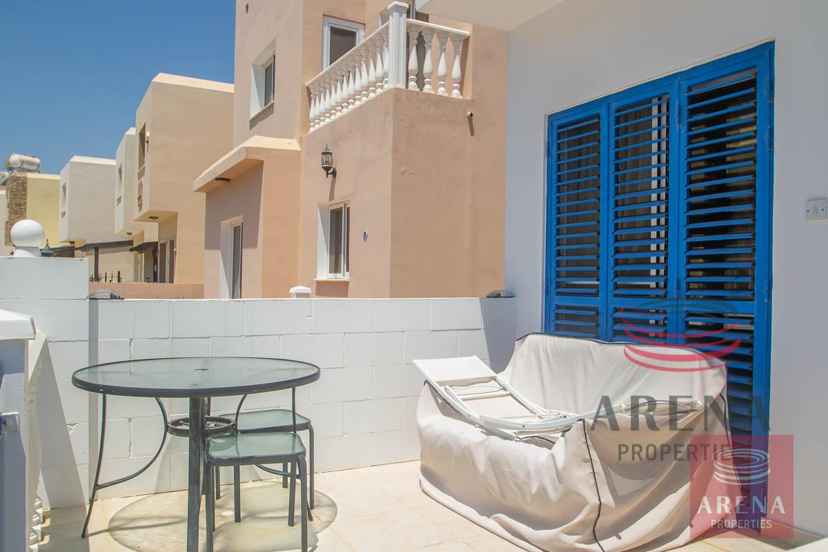 villa to buy in Pernera - veranda
