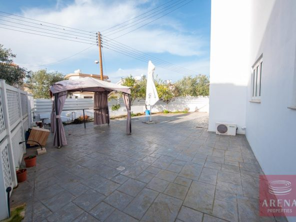10-HOUSE-FOR-SALE-paralimni-4252