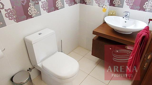 Bungalow for sale in Troulloi - guest wc