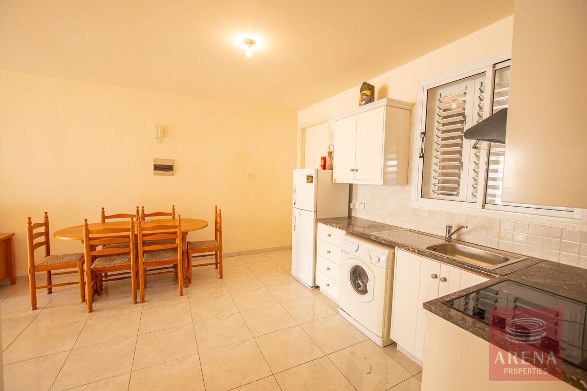 Property in Kaparis to buy - kitchen