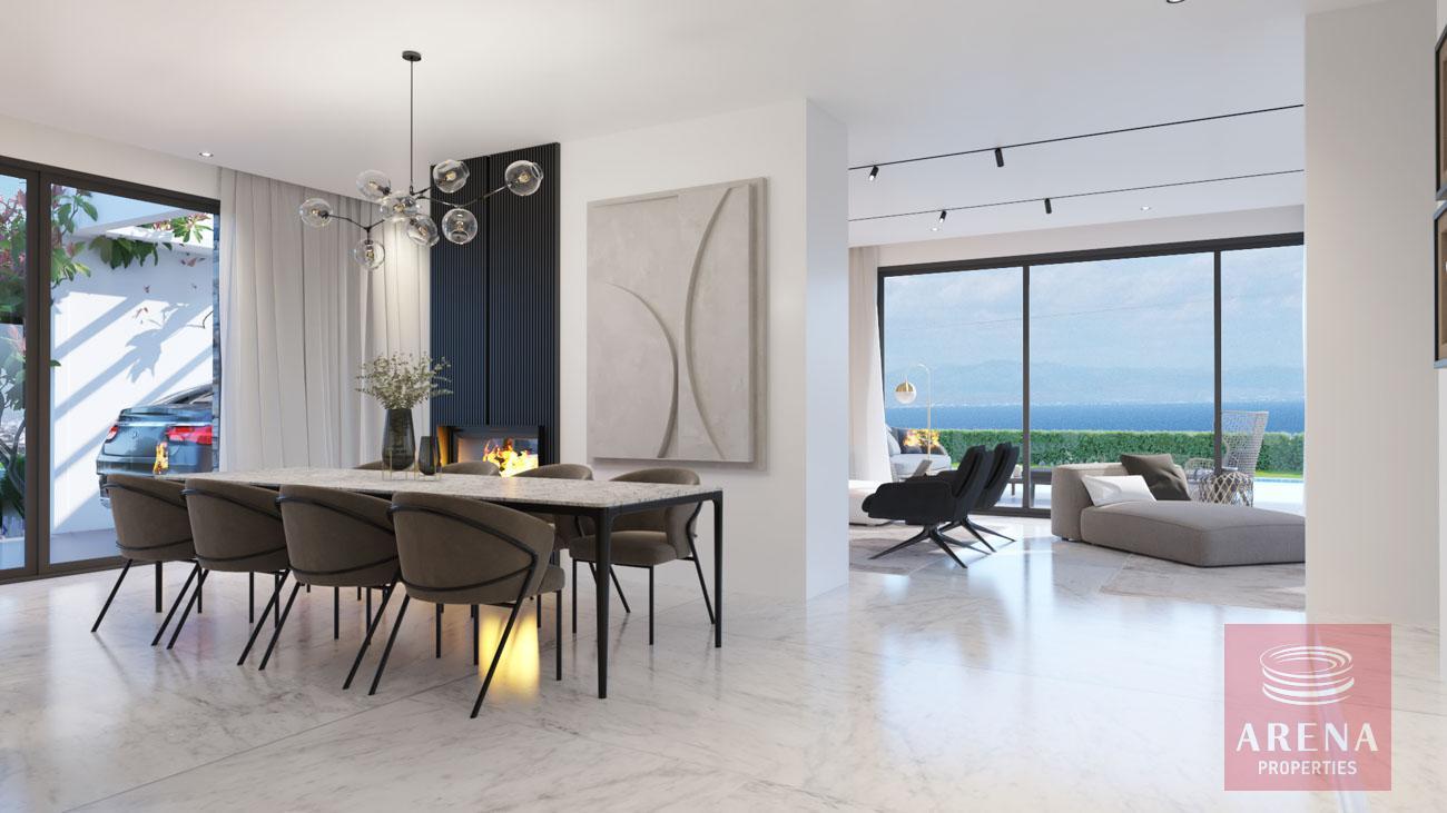 4-5 Bed villa in Protaras - dining area